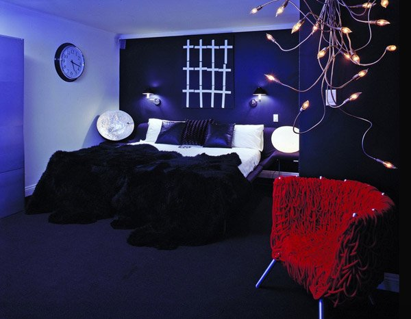 15 gorgeous gothic bedroom ideas home design lover. Black Bedroom Furniture Sets. Home Design Ideas