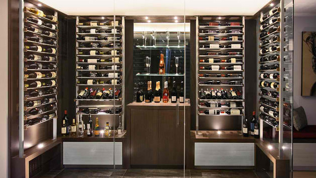 15 sleek ideas for modern wine cellars home design lover for Home wine cellar designs