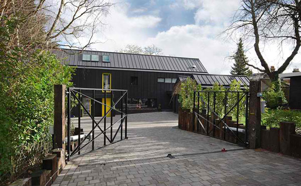 Stephen Davy Peter Smith Architects