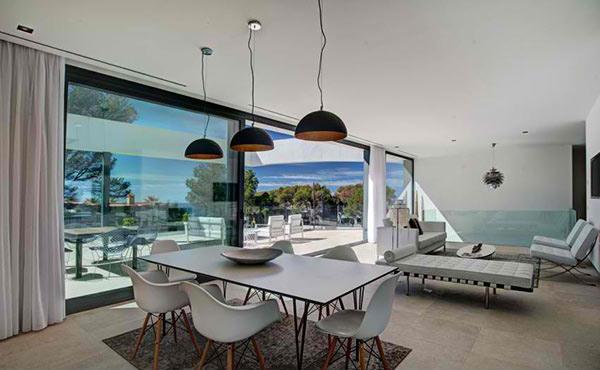dining area set