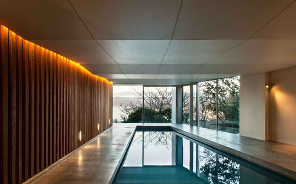 Seaview house a contemporary house designed for a large for Swimming pool design new zealand