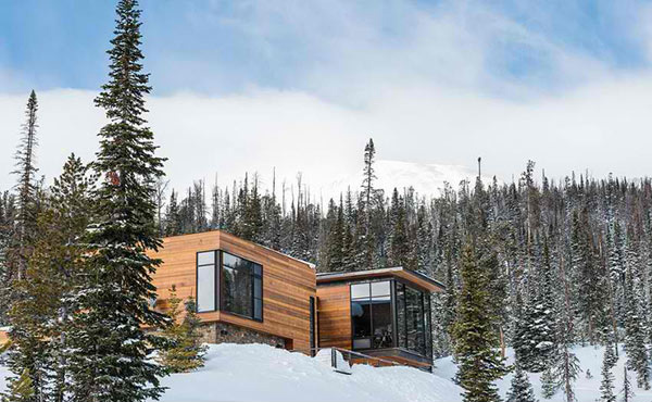 The Mountain Modern House Mirrors Nature S Beauty In