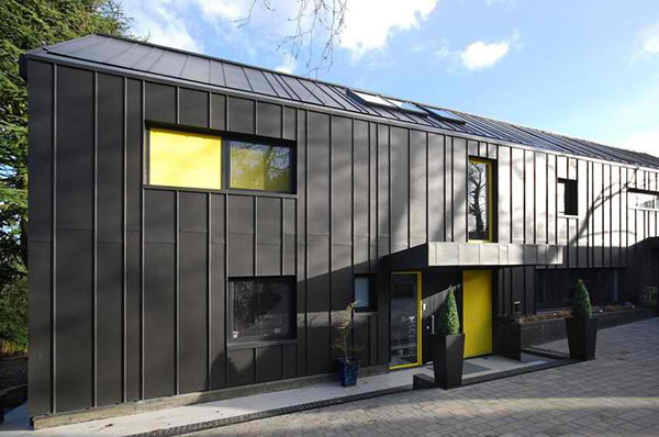 Merrodown The Black Zinc House In England Home Design Lover