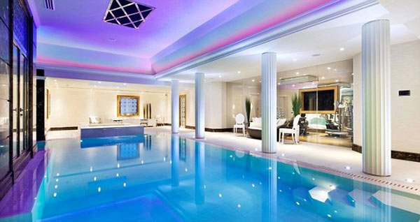 Charmant Luxury Pool