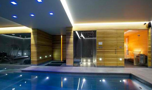 15 Modern Swimming Pool Rooms You\'ll Envy | Home Design Lover
