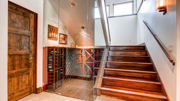 15 space savvy under stairs wine cellar ideas home design lover. Black Bedroom Furniture Sets. Home Design Ideas