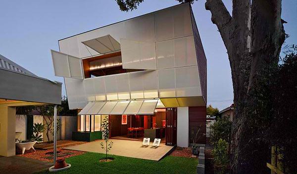 Iredale Pedersen Hook Architects and Caroline Di Costa
