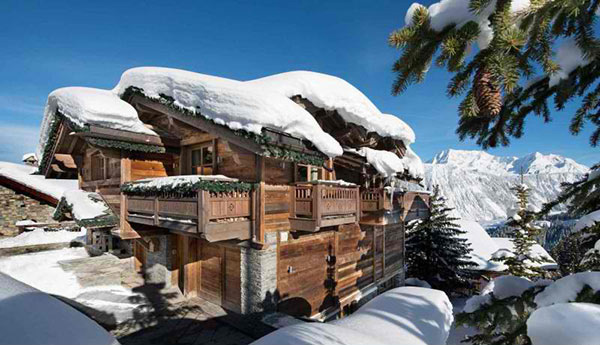 ski lodge in Courchevel