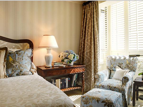 Nob Hill Master Bedroom Seating
