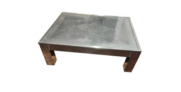 Moroccan engravings table