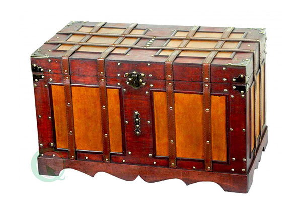 Antique Trunk design