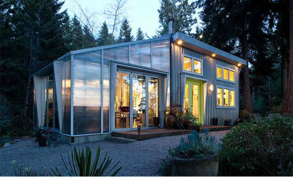 15 Homes With Industrial Exterior Designs