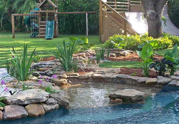 15 pond landscaping designs for your garden home design for Landscape design canada