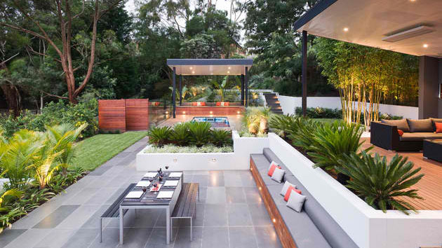 15 contemporary backyard patio designs home design lover for Patio layouts and designs