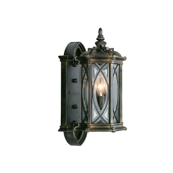 Traditional Outdoor Lighting