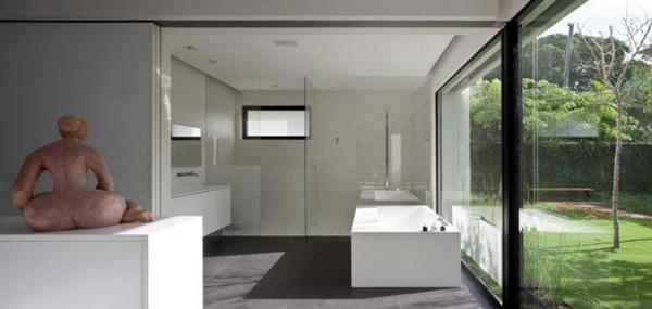 bathroom glass wall
