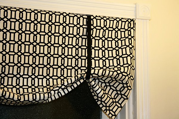 Super Easy No Sew Curtains Valance