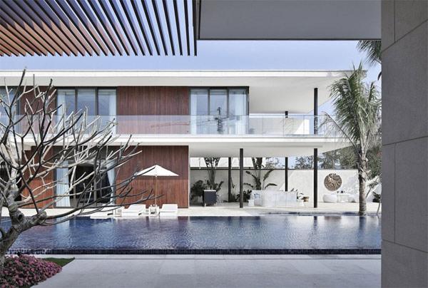 calming swimming pool