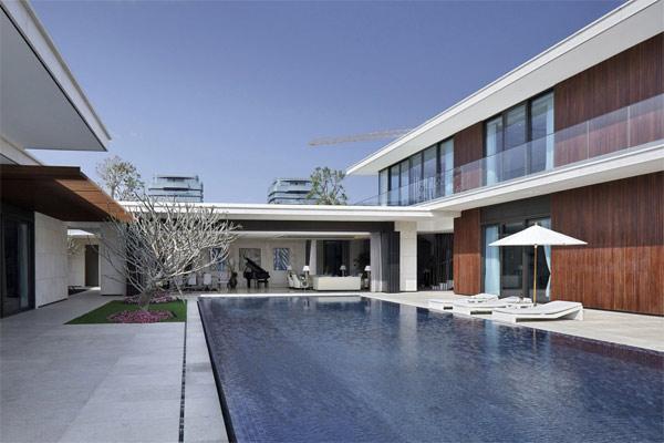 elongated swimming pool