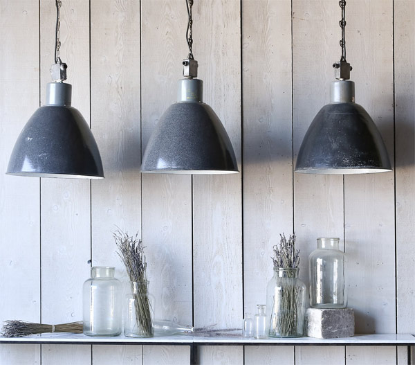 steel hanging lamp