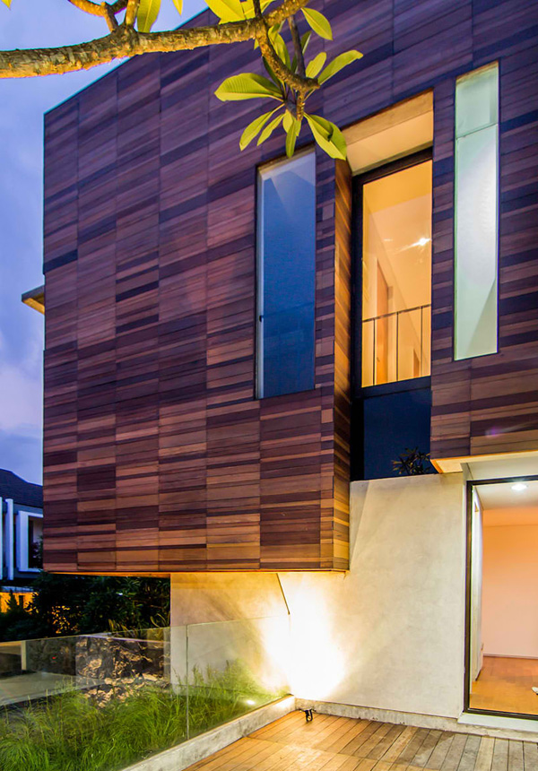 Lumber Shaped-Box House