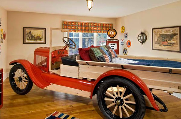 Kid's Eclectic Bedroom