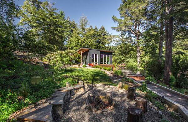 outdoor fir pit