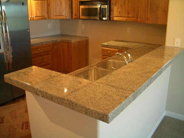 20 pictures of simple tile kitchen countertops home design lover for Small bathroom countertop ideas