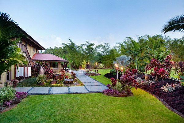 Layout furthermore Tropica Landscape Design in addition 12000 Square Foot Brickstone Mansion In besides Modern Homes additionally Minimalist House By The Lake In Sweden. on luxury mediterranean home exterior