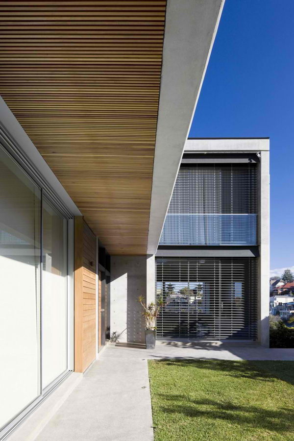 Environmental Balance Features in the Clovelly Residence in Sydney ...