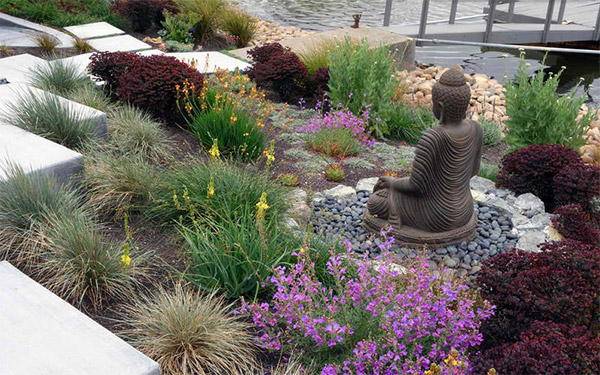 Buddha statue decor