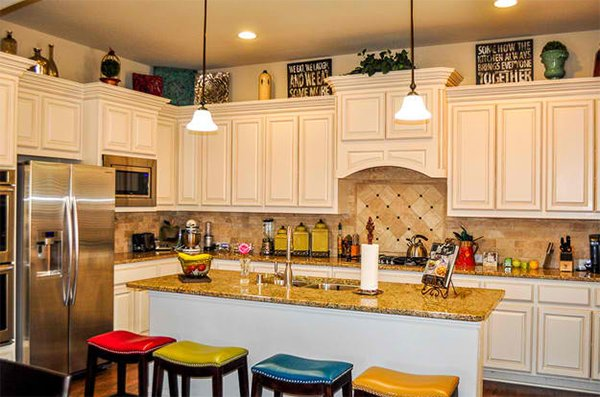 How To Decorate The Top Of Kitchen Cabinets Home Design Lover - How to decorate top of kitchen cabinets
