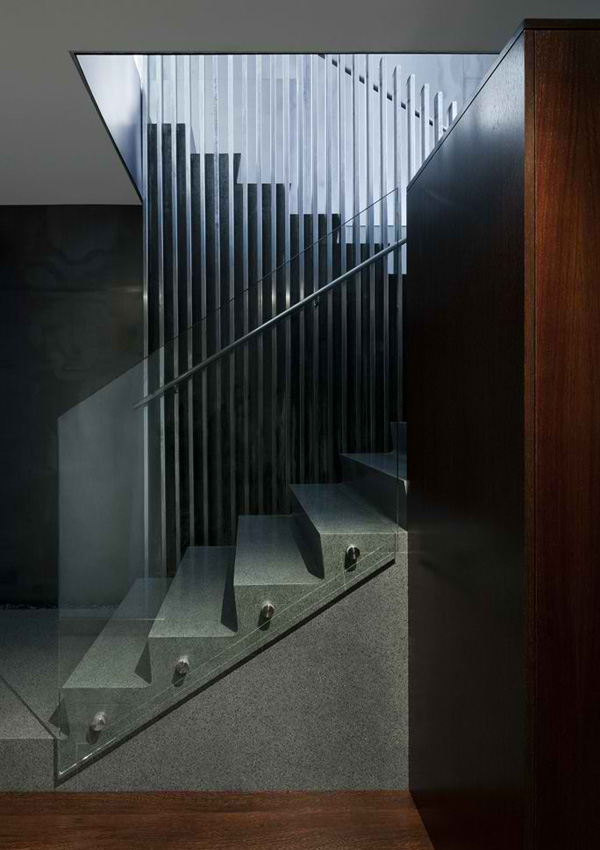 stairs glass frame