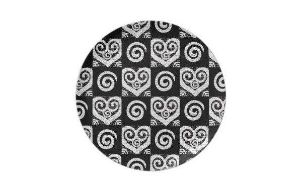 Elegant Black and White Hearts Party Plate