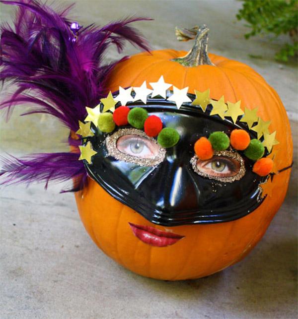 Masked Pumpkin Lady