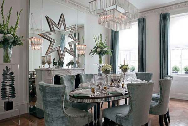 20 Lovely Dining Room With Stunning Mirrors