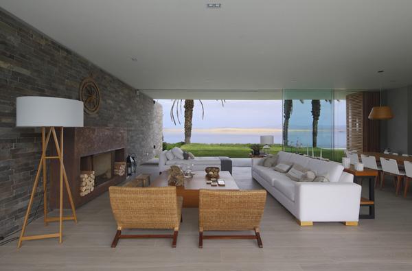 Eye-Catching Bay Views