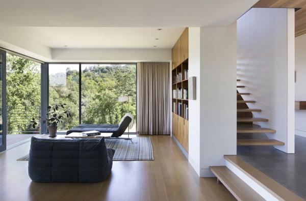 spacious reading area