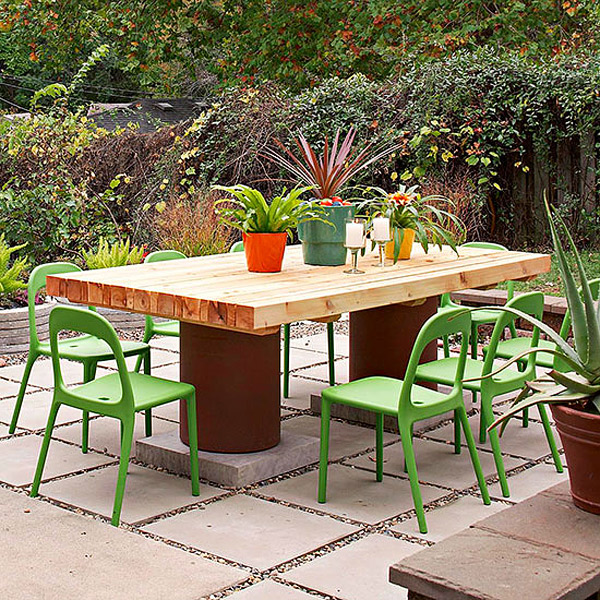 Diy outdoor furniture ideas to perk up your gardens home design lover salvage wood table solutioingenieria Image collections