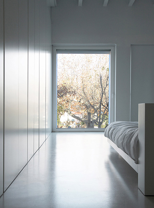 bedroom glass window