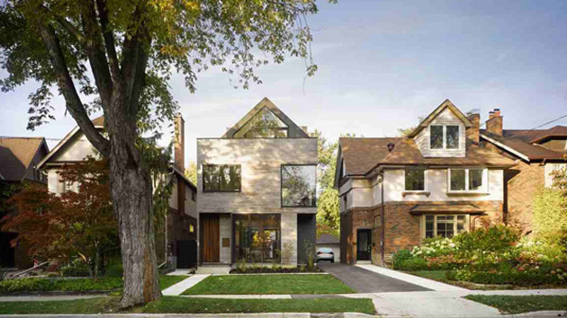 Natural And Smart Characteristic Of Moore Park Residence