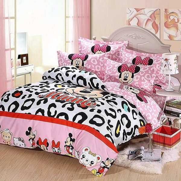 Mickey and Minnie Mouse King Queen Bedding Set