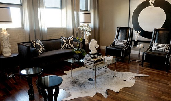 20 Living Rooms Adorned With Cowhide Rugs Home Design Lover