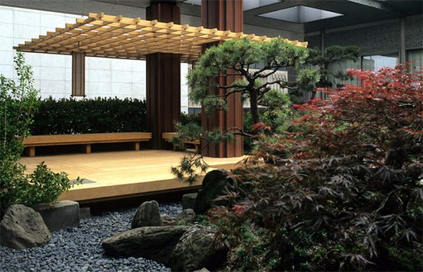 20 asian decks showing a fusion of culture and nature for Japanese decking garden