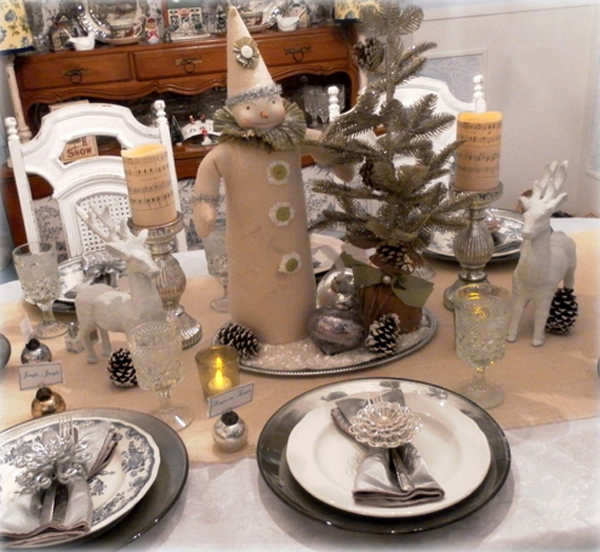 Dining Room Tablescapes: 20 Fabulous Christmas Tablescapes