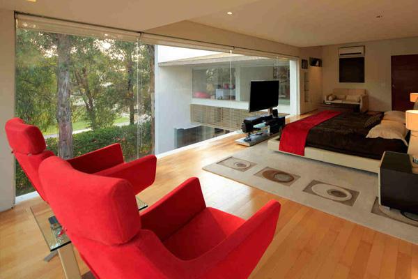 red seat set