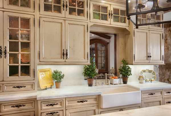 Glossy cabinets - 20 Amazing Antique Kitchen Cabinets Home Design Lover