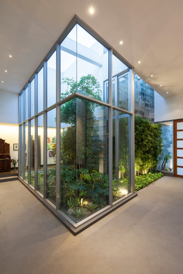 20 Indoor Garden Designs that Will Bring Life Into the ...