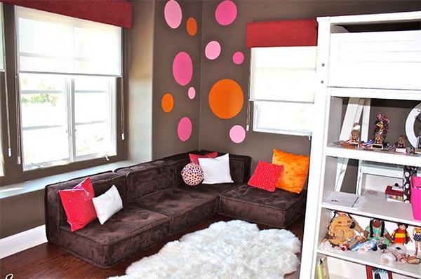 Pink, Orange & Chocolate Pre-teen Bedroom
