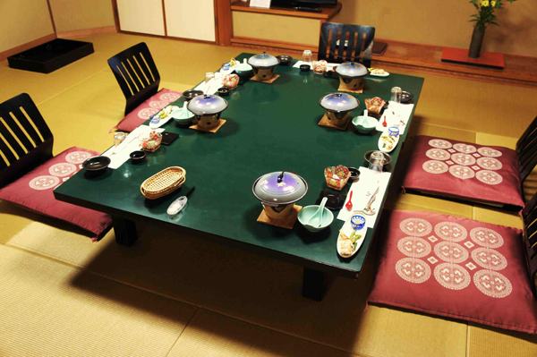 Japanese Floor Dining Table 20 japanese home decorations in the dining room | home design lover